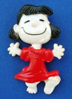 Aviva PIN Vintage LUCY Happy Dance Peanuts UNITED FEATURES 1972 Hong Kong