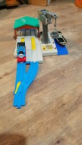 TOMY Trackmaster Cranky At the Harbour Docks With Tracks Thomas & Friends