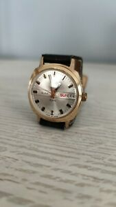 orig. vintage SLAVA Armbanduhr HERREN russische Uhr DAY DATE Jewels no Raketa