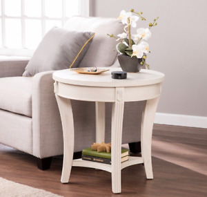 Laverly Traditional Round End Table in Whitewash