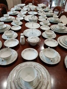 Magnificent NORITAKE GLENWOOD  DINNER SET FOR 12 PLUS LOTS OF EXTRAS