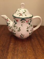 PFALTZGRAFF ~Winterberry Sculpted Teapot with Lid NEW