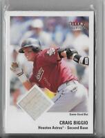 2003 Fleer Tradition Game Used Houston Astros Baseball Card #31 Craig Biggio Bat