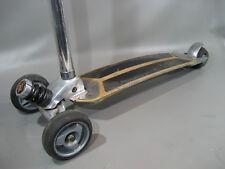 Kickboard Roller,  KicK Two Board (174)  gebraucht.  > Patina mit K2 Brett