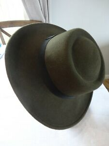 MONSOON ACCESSORIZE Khaki ladies felt hat. VGC