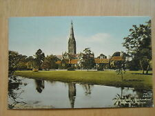 OLD HAND COLOURED POSTCARD OF SALISBURY CATHEDRAL & BISHOP'S  PALACE