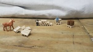 15 H.O scale wooden pallets already built, ready for display.