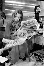 BRIGITTE BARDOT Presse Scandale BB People Vin Beaujolais DON JUAN 73 Photo 1972