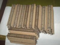 Märklin-HO 100 Stück gerade M-Gleise 180mm Nr. 5106 Guter Zustand