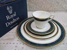 "1990 Royal Doulton China ""Biltmore"" 1 Set 5 Piece Place Setting Made England NEW"