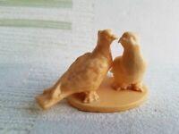 Pigeons Dove Birds USSR russian Vintage solid plastic figurine 3169e