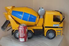 BRUDER MERCEDES MX 5000 LARGE YELLOW CEMENT TRUCK MIXER TOY CONSTRUCTION VEHICLE