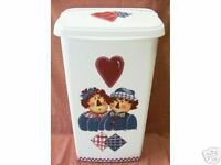 HP RAGGEDY ANN & ANDY TRASH CAN/LAUNDRY HAMPER/BY MB