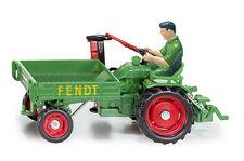 Siku Farmer Classic 3476 1:32 Fendt Tool-Carrier Model