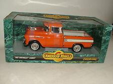 Ertl American Muscle 1957 Chevrolet Cameo Pick-Up Camión 1:18 Diecast 7853 En Caja