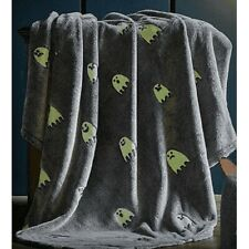 New Ghostly Glow in the Dark Plush Gift Fleece Throw Blanket Halloween Ghosts