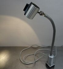 Ältere Magnet Biegelampe Waldmann Halogen Leuchte HPT 20 Arbeitsplatzleuchte