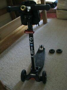 micro maxi roller in schwarz mit Zubehör!!! -GEBRAUCHT, guter Zustand! 🛴🏃♂️