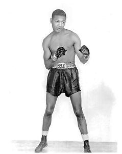 Boxing Legend Sugar Ray Robinson 8x10 Photo #1