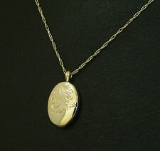 """9Ct Yellow Gold 19"""" Prince of wales Chain(1mm) w/ Patterned Locket (18x12mm)"""