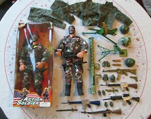 """ACTION MAN BAZOOKA & 12"""" ACTION SOLDIER FIGURES, ACCESSORIES as Photo's LOT 1"""