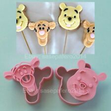 Winnie the Pooh & Tigger Disney Characters cookie cutters with stamp 4 pcs. set