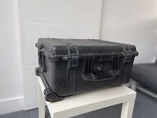 Pelican PELI PROTECTOR Case 1610. Wheels & Retractable Handle. USED.