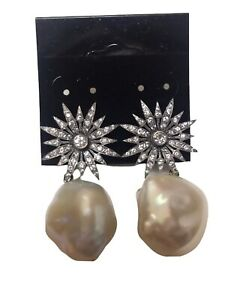 18k Diamond and pearl Earrings