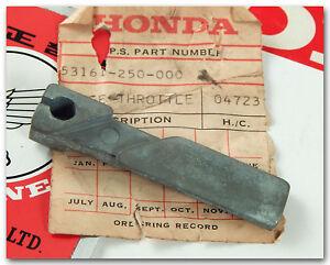 HONDA CA72 CA77 SS125A CL125A CB100 CL100 S90 CT90 CL90 CL70 S65 THROTTLE HINGE