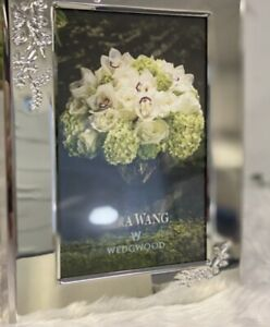 "Vera Wang Bouquet Photo Frame - Brand New In Box 4""x6"""