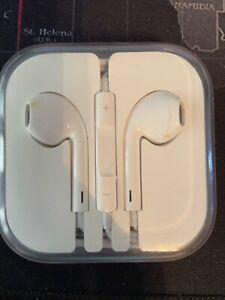 **Never Used** Genuine Apple Earphones. Free postage