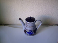 altes , feuerfestes WAkU Kaffeekännchen , Top erhalten