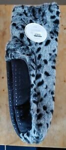 Women's Black & White Cheetah Print M/L (8-10) Slipper Socks Booties Non Slip