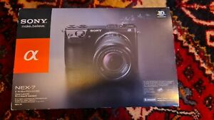Sony Alpha NEX-7 24.3MP Digital Camera + 18-55mm lens + Lowepro case