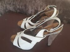 bed2269071bd BARBARA BUI sandals WOMENS 7 UK(40 EURO) Cream Leather with Gold Heels