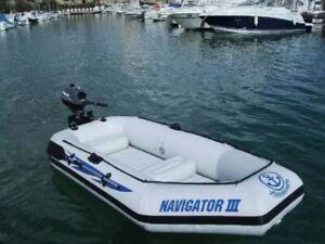 Schlauchboot Navigator III, Top Zustand (neuwertig)mit Aussenborder Watersnake