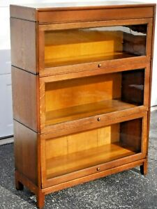 "Antique Quartered Oak ""GUNN"" Barrister/Bookcase ""FREE"" Greyhound Shipping"