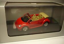 VOLKSWAGEN VW NEW BEETLE CABRIO ROSSO 1:43 AUTOART