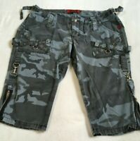TRIPP NYC Emo Punk Goth Metal  Black / Grey Camo Capri Pants Shorts  size 17