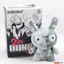 Kidrobot Dunny 2010 2tone series vinyl figure by Tad Carpenter original box