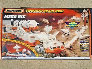 NEW MATCHBOX POWERED SPACE BASE MEGA-RIG BUILDING STATION 35854 1998