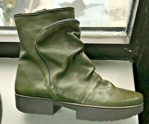 SALE NEW TRIPPEN CLUTCH BOOTS IN OLIVE GREEN LEATHER W/ POCKET IN FRONT