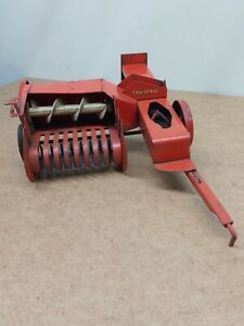 Vintage TRU SCALE HAY BALER Farm Tractor Implement Toy 1:16