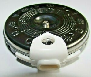 Chromatic Pitch Pipe Tuner including Case