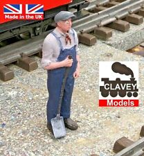 More details for 16mm fireman hand painted garden railway people sm32 1:19 scale figure free p&p