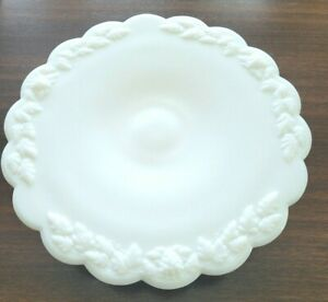 Westmoreland Low cake stand Grape. Good condition 12 by 2 inch. Rare Low Stand !