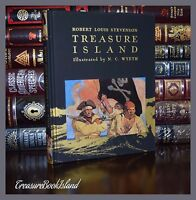 Treasure Island by Robert Stevenson Illustrated Wyeth New Deluxe Hardcover Gift