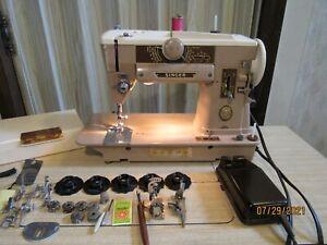Vintage Singer 401a Slant-O-Matic Zig Zag Sewing Machine