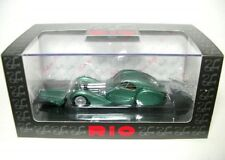 Rio Ri4313 Bugatti Atlantic 57 SC 1938 Light Green Met.1 43 Modellino