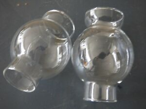 2 VERRES de LAMPE PIGEON